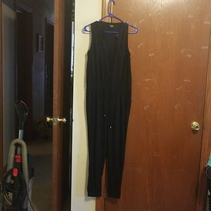 Jumpsuit with elastic bottoms.